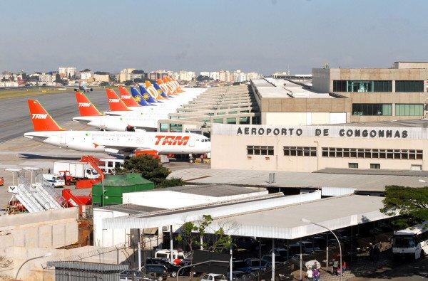 aeroporto de congonhas fila de avioes